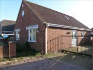 4 bed Detached Bungalow in Hollyoak Close, Skegness