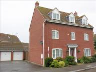 5 bed Detached house in Juniper Crescent...