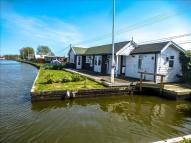 3 bed Detached Bungalow for sale in Riverside...