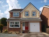 4 bed Detached house in Thornes Moor Road...