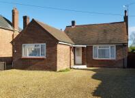 2 bedroom Detached Bungalow in Ramnoth Road, Wisbech