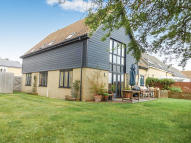 Link Detached House in Manor Close, Farcet...