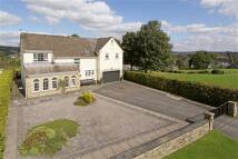4 bedroom Detached house for sale in Ridgeway, Guiseley, Leeds