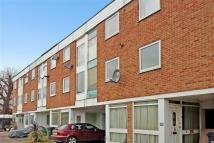2 bed Terraced property in Cranbourne Close, Horley...