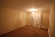2 bedroom Flat for sale in Bishopsford Road, Morden...