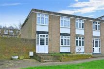 3 bed End of Terrace home in Porchfield Close, Sutton...