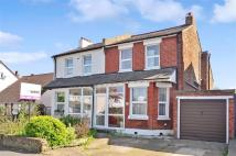 4 bed semi detached property in Park Lane, Wallington...