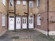 2 bed Maisonette for sale in Loudoun Avenue...