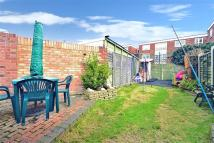 3 bed End of Terrace property for sale in Burchett Way...