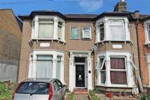 1 bed Flat in Empress Avenue, Ilford...