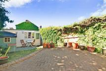 Town House for sale in High Road...