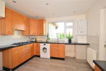 4 bedroom Bungalow in Pellhurst Road, Ryde...