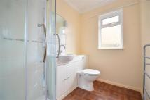 1 bedroom Ground Flat for sale in Broadway, Sandown...