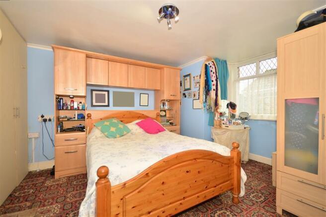Bedroom 4/ Dining Room