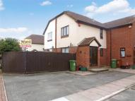 1 bed semi detached house in Drummond Close, Erith...
