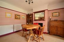 Detached Bungalow in Green Place, Crayford...