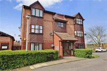 Studio apartment for sale in Farley Road, Gravesend...
