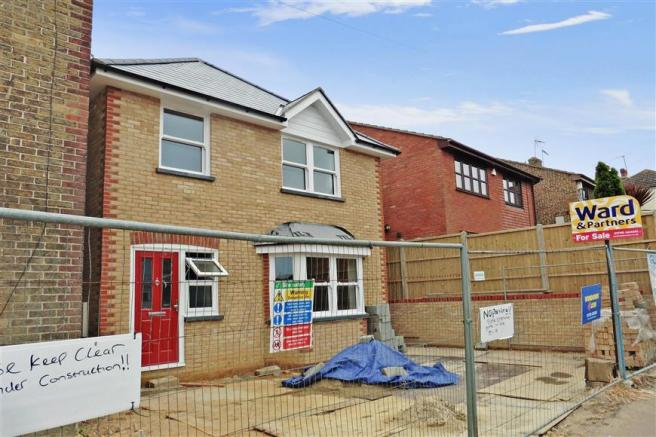 4 Bedroom Detached House For Sale In Minster Road Minster