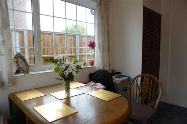 Dining Room/Bedroom 2