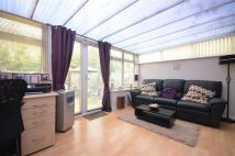 3 bed Terraced house in Highlands Road...