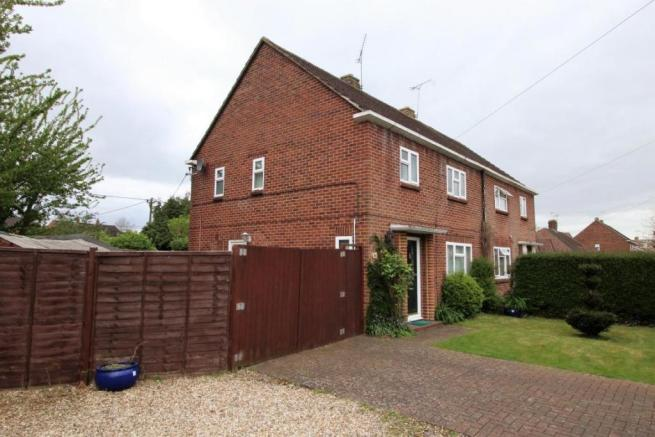 3 Bedroom Semi Detached House For Sale In Cranford Park Drive