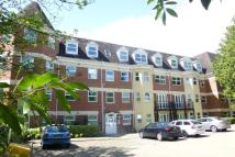Flat to rent in Heathcote Road...