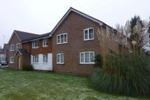 1 bedroom Flat to rent in Houlton Court, Bagshot...