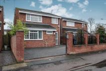 4 bedroom Detached home for sale in Thamesdale...