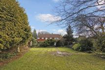 6 bed Detached home in Worthing Road, Horsham...