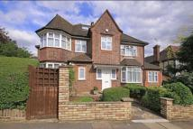 9 bed Detached property for sale in PARK WAY, TEMPLE FORTUNE...
