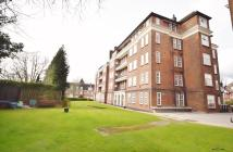 3 bedroom Apartment in NORTH END, LONDON, NW11