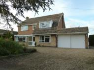 4 bed Detached property for sale in Cross Lane...