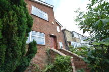 3 bed Detached home for sale in Garland Road, SE18