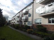 Flat to rent in Eglinton Hill, London...