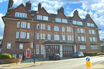2 bedroom Apartment in Eaglesfield Road, London...