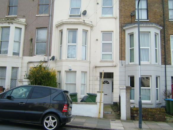 1 Bedroom Ground Floor Flat To Rent In Vicarage Park Plumstead London Se18