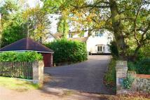 4 bedroom Detached house in Heath Road...
