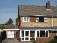 3 bed semi detached house in Knedlington Road, Howden...