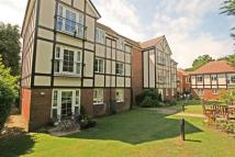 Flat for sale in Banstead