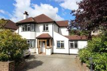 4 bed Detached house for sale in Chipstead