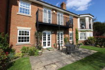 2 bedroom Apartment in Holly Lane East, Banstead