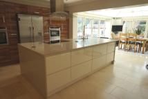 4 bed Detached house in Newton Way...