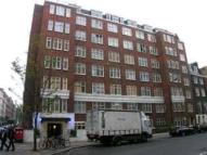 Flat in Curzon Street, Mayfair W1