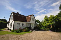 5 bed Detached house for sale in Braintree Green, Rayne...