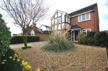 4 bed Detached house for sale in Chequers Road, Writtle...