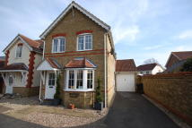 3 bed semi detached property in Daphne Close...