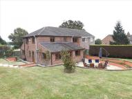 semi detached home to rent in Mortimer, Reading, RG7