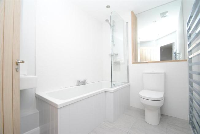 Longwood - Bathroom.