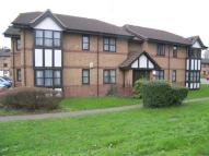 2 bedroom Flat in Frobisher Road, Erith...