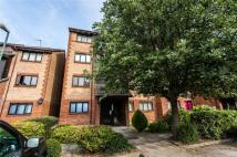 Flat for sale in Cricketers Close, Erith...